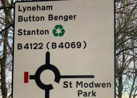 Sutton Benger spelling error on M4 sign to get corrected